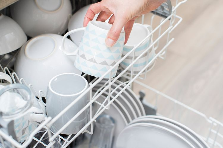 Dishwasher Not Cleaning Properly? Here Are 9 Quick Fixes